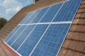 Le soleil constitue une réserve d'énergie renouvelable inépuisable, verte et gratuite.