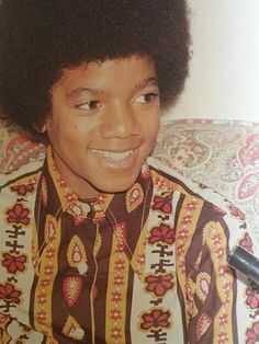 The Real Michael Jackson with the Beautiful Black Face God Gave Him 20 Young Michael Jackson, Photos Of Michael Jackson, Holland, The Jacksons, Jackson 5, Archangel Michael, Juni, Lady And Gentlemen, Rare Photos