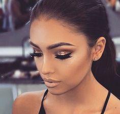 Beautiful golden eye makeup with nude lips ♡