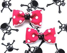 LAST SET & ON SALE! BUY HERE: http://punkupbettie.bigcartel.com/product/insane-royal-cutie-skulls-dots-hair-bow-shocking-pink