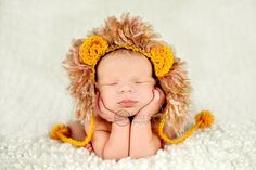 crochet newborn hat photography prop lion by WeeBeePhotoProps, $27.00