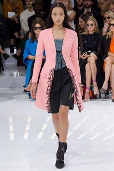 Sfilata Christian Dior Parigi - Collezioni Primavera Estate 2015 - Vogue