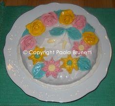 Prima torta decorata con MMF (MarshmallowFondant)