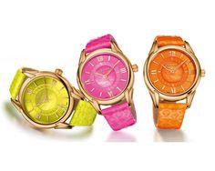 Dafne Flúor, la línea de #relojes más veraniega de Versace
