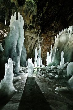 The ice world at Scărişoara Cave in Apuseni Mountains, Romania (by Sergiu Bacioiu) // Skydancer Book II: Veil of Thorns // Bri ventures through an enchanted forest to fight an evil sorceress who holds the key to breaking Kean from his cursed imprisonment. Bulgaria, Places Around The World, Around The Worlds, Wonderful Places, Beautiful Places, Places To Travel, Places To Visit, Travel Destinations, Albania Travel