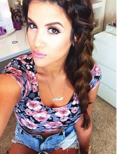 Nicole Guerriero is my favorite YouTube beauty guru. she's beautiful and has THE best beauty tutorials
