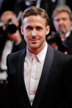 Ryan Gosling is a DAD!!