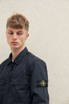 Buy The Latest Stone Island Jackets, Sweatshirts And Clothing At Online. Official Stone Island UK Stockists With Fast Delivery Worldwide. Stone Island Jumper, Stone Island Sweatshirt, Stone Island Jacket, Stone Island Clothing, Lyle Scott, Man Photo, Spring Collection, Style Me, Fashion Inspiration