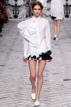 Viktor&Rolf - Women's Ready-to-Wear - 2013 Fall-Winter