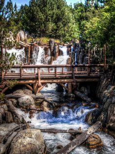 Grizzly River Rapids - Disneyland California Adventure | Flickr - Photo Sharing!