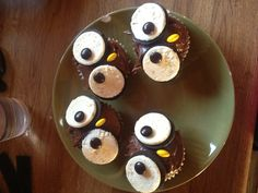 Fall cupcakes....may have to do these ones!