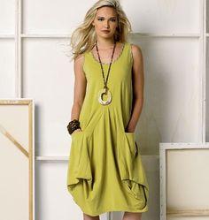 Vogue - 8975 patroon Jasje en jurk met grote zakken | Naaipatronen.nl