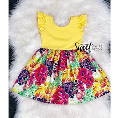 yellow stripes and pink floral knit dress / spring floral knit girls dress / toddler summer outfit / newborn coming home outfits /maxi dress 2020 Toddler Easter Outfits, Easter Dresses For Toddlers, Toddler Girl Dresses, Baby Dress Pattern Free, Toddler Dress Patterns, Free Pattern, Girls Knitted Dress, Girls Sweater Dress, Knit Dress
