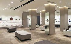 Shoe Store Design, Shoe Shop, Boutique Design, Store Interiors, Boutique Stores, Facade Design, Luxury Shoes, Service Design, Lady
