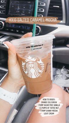 Low Calorie Starbucks Drinks, Healthy Starbucks Drinks, Starbucks Secret Menu Drinks, Low Calorie Drinks, Yummy Drinks, Starbucks Calories, Coffee Drink Recipes, Coffee Drinks, Iced Coffee