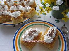 Ale, Waffles, French Toast, Breakfast, Food, Basket, Whipped Cream, Chocolates, Apple Tea Cake