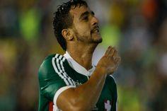 Na luta contra a degola, Palmeiras encara o Atlético MG - http://metropolitanafm.uol.com.br/novidades/esportes/na-luta-contra-degola-palmeiras-encara-o-atletico-mg