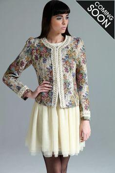 Boutique Grace Tapestry Trophy Jacket >> £45.00