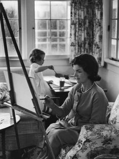size: Photographic Print: Jackie Kennedy, Wife of Sen, Painting on an easel as Daughter Caroline Paints on Table at Home by Alfred Eisenstaedt : Entertainment