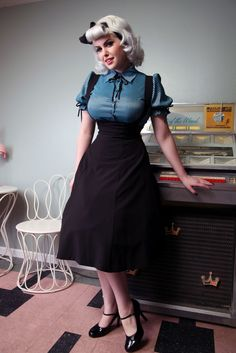 Jumper Black Circle | Bettie Page Clothing    (Another thing to learn how to sew)