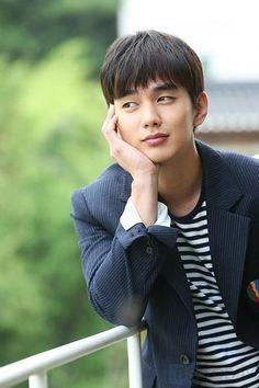 Yoo Seung Ho courted as lead for Korean Men, Korean Actors, Yo Seung Ho, Asian Hotties, Latest Movies, Korean Beauty, K Idols, Korean Drama, Star Fashion