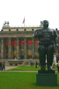 Berlin Germany, Altes Museum..another fantastic art museum...photo by Minaz Jantz, Tripnaround.com Europe 2008