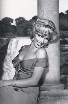Marilyn Monroe in Niagara, 1953.
