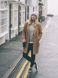 Camel coat, grey jumper & hat, size 12 uk blogger, fashion blogger