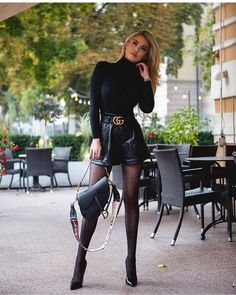 Pantyhose Outfits, Nylons And Pantyhose, Chic Outfits, Fashion Outfits, Womens Fashion, Female Fashion, Girl Fashion, Fashion Design, What To Wear Today