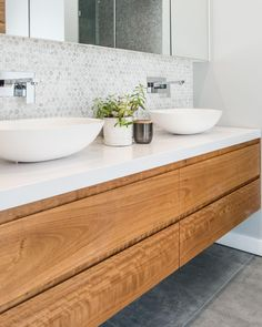 neutral bathroom design, modern farmhouse bathroom with white walls andfloating bathroom vanity with vessel sink and hex tile Hexagon Tiles, Timber Vanity, Bathroom Interior, Small Bathroom, Bathroom Design, Beautiful Bathrooms, Wood Bathroom Vanity, Bathroom Splashback, Bathroom Layout