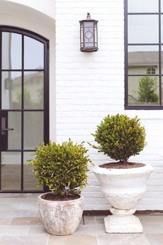 white painted brick house gallery of seaward road garden studio design white brick with white brick house off white painted brick house Painted Brick House, Modern Brick House, Brick Exterior House, Garden Studio, House Exterior, White Brick Walls, Brick House Designs, House Painting, Curb Appeal