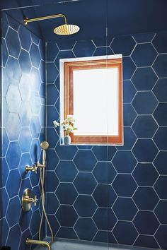 Oversize blue tiles in the guest bathroom (a bookend to Hernández and Leigh's… - Modern Bathroom Interior, Modern Bathroom, Master Bathroom, Bathroom Bin, Minimalist Bathroom, Bathroom Showers, Bathroom Cabinets, Glass Bathroom, Modern Minimalist