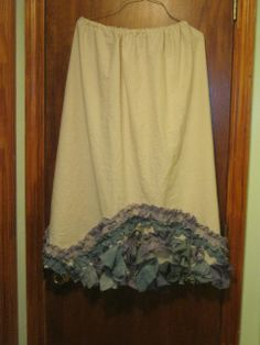 Prairie Muslin skirt with dyed muslin ruffles. $40.00, via Etsy - want this ankle length with the ruffles in a straight line instead of an arch.