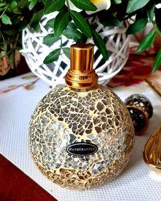 Christmas Bulbs, Perfume Bottles, Lifestyle, Holiday Decor, Beauty, Home Decor, Aromatherapy, Decoration Home, Christmas Light Bulbs