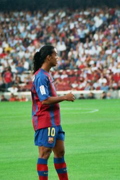 Description: Futbol Club Barcelona's player Ronaldinho during the match FC Barcelona - Numancia.