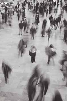 :::: PINTEREST.COM christiancross :::: Lost in movement. | by Moeys Photography