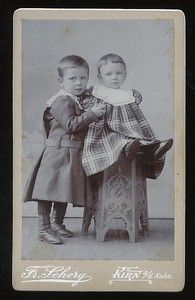 Vintage cabinet card two German toddlers