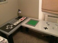 The Nintendo Desk via Global Geek News. What would be on your desk? Nerd Room, Nerd Cave, Gamer Room, Deco Gamer, Home Music, Geek News, School Decorations, My New Room, Kids Room