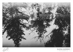 Elena Alonso Fotografía #Casamiento de Toco y Jo #boda #wedding #weddingphotography #weddingphotographer #fotografodebodas #instawedding #instalove #reflection #reflejo #blackandwhite #blancoynegro #blackandwhitephotography #fotografiadecasamento #ElenaAlonsoFotografia