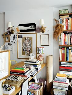 To create an office that encourages visual engagement, mood boards are effective… - Einrichtungsideen Living Room Remodel, Living Room Decor, Living Spaces, Bedroom Decor, Home Interior, Interior Decorating, Interior Design, Interior Paint, Cute Home Decor