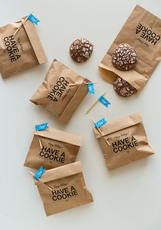 cookie envelope.  good idea for party favor or taking cookies to an office.  Print message directly onto bag.  Cookies are inside a plastic bag inside the paper bag.