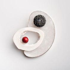 Fermall d'EUGENIA ARNAVAT-ES  brooch    TEACHER at Escuela de Arte y Diseño de Tarragona