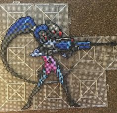 Widowmaker - Overwatch perler beads by peachpincreations