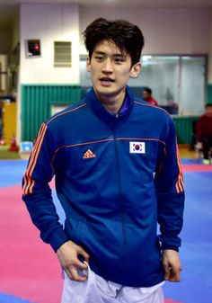 Lee Dae-Hoon Country: South Korea, Sport: Taekwondo —  Adorable, has excellent hair, and is very, very good at kicking.