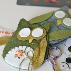 """""""You Go Girl"""" has some fun felt crafts too! She took the same owl pattern and made it her own."""
