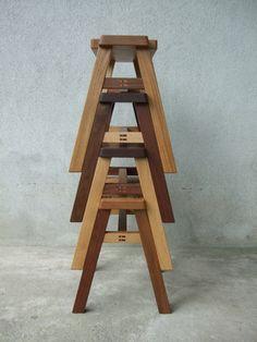 木製家具を中心に、伝統の手業と厳選した素材で本物
