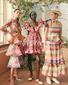 Vogue Fashion, Fashion 2020, Runway Fashion, Fashion Show, Fashion Outfits, Womens Fashion, Spring Fashion Trends, Spring Summer Trends, Embroidery Fashion