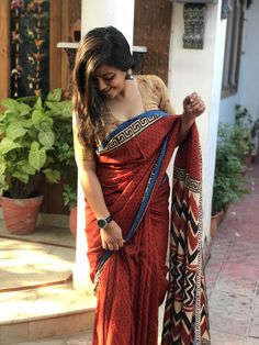 Indian Actresses and Models in Saree- Photo Gallery! Beautiful Girl Indian, Most Beautiful Indian Actress, Beautiful Saree, Beautiful Bollywood Actress, Beautiful Actresses, Beauty Full Girl, Beauty Women, Saree Photoshoot, Saree Models