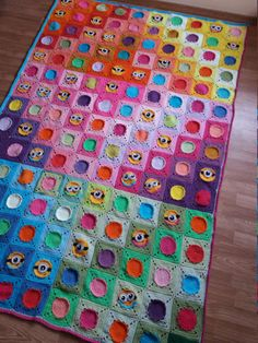 Twin size crochet blanket with minion granny by Mydayboutique