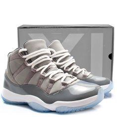 Jordan XI cool grey 2010 retro